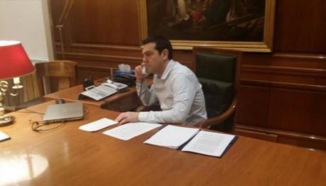 Με τον νεοεκλεγέντα πρωθυπουργό των Σκοπίων συνομίλησε ο Τσίπρας
