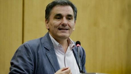 Τσακαλώτος: Η ΕΚΤ ενδέχεται να εντάξει τα ελληνικά ομόλογα στο QE τον Οκτώβριο 2017