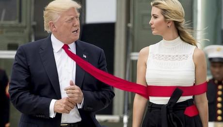 Κάνουν photoshop στις γραβάτες του Τραμπ