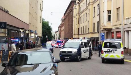 Αυτοκίνητο έπεσε πάνω σε πλήθος στο Ελσίνκι- Ένας νεκρός