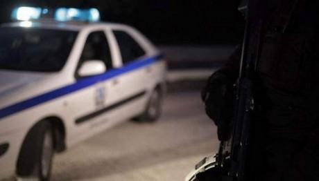 Σαλαμίνα: Εισέβαλαν σε κάβα και πυροβόλησαν τον ιδιοκτήτη