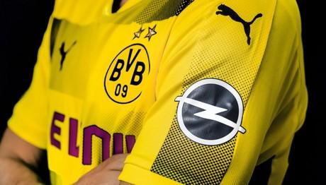 Η Opel παίζει …μπάλα με την  Borussia