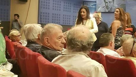 Ποιος πρώην υπουργός του ΠΑΣΟΚ πήγε στην ομιλία Τσίπρα στην Κρήτη;