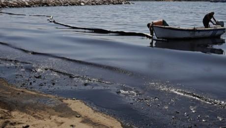Τι (δεν) καταλαβαίνουμε για την πετρελαιοκηλίδα