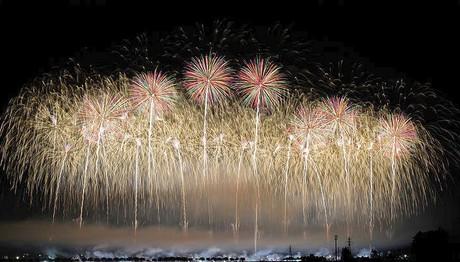 Γιορτές πυροτεχνημάτων στην Ιαπωνία