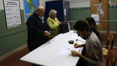 στην Ιταλία ακόμα ψηφίζουν για την αυτονομία