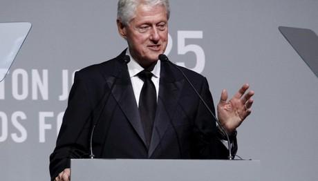 Νέες κατηγορίες σεξουαλικής κακοποίησης για τον Κλίντον