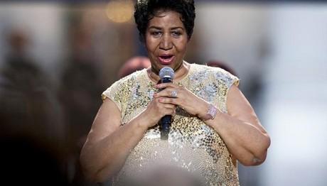 Μακάβρια φάρσα: Πέθαναν (ξανά) την Aretha Franklin