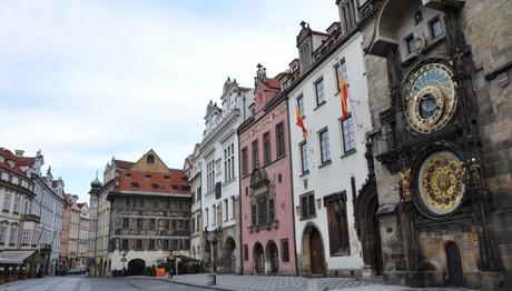 Το εντυπωσιακό αστρονομικό ρολόι της Πράγας