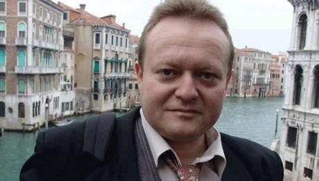 Απεβίωσε ο δημοσιογράφος Στάθης Καγιαλές