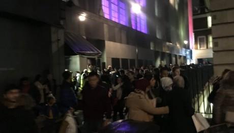 Συναγερμός στην Oxford Street του Λονδίνου