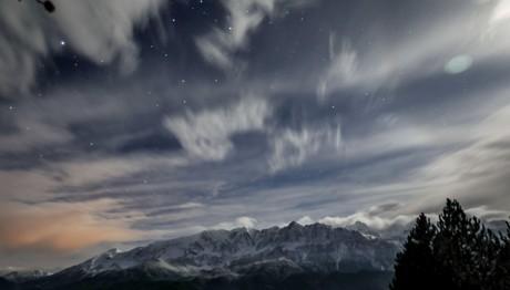 Τα χιονισμένα βουνά του Σμόλικα και της Τύμφης
