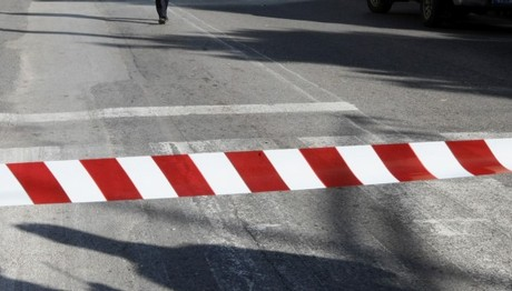 Τηλεφώνημα για βόμβα στην οδό Λουκάρεως