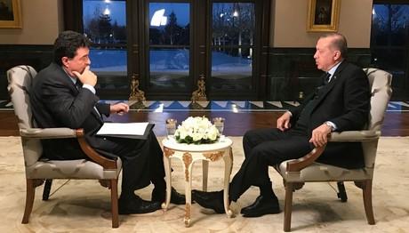 Ερντογάν: Να επικαιροποιηθεί η Συνθήκη της Λωζάνης