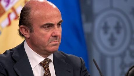 Ντε Γκίντος: Μη βιώσιμο το χρέος της Ελλάδας