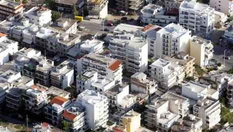 ΣτΠ: Όχι στη χρέωση δημοτικών τελών στα κενά ακίνητα