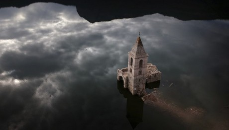 Εμφανίστηκε η βυθισμένη εκκλησία της Καταλονίας