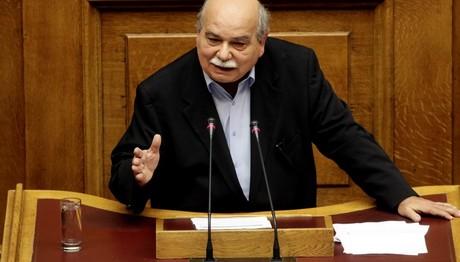 """Βούτσης: """"Όχι, όχι, όχι!"""" σε δημοψήφισμα για το Σκοπιανό"""