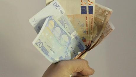 Πρόστιμο για εξόφληση συναλλαγών άνω των 500 € μετρητοίς
