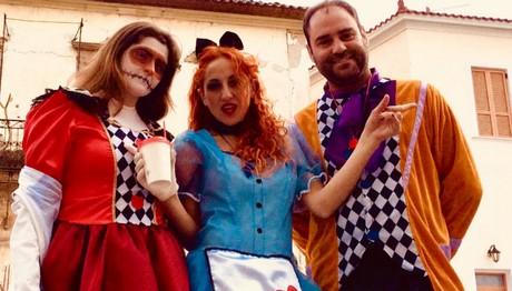 Η Ψυχίδου «αδειάζει» τον Φερεντίνο για το Καρναβάλι