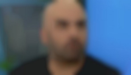 304131