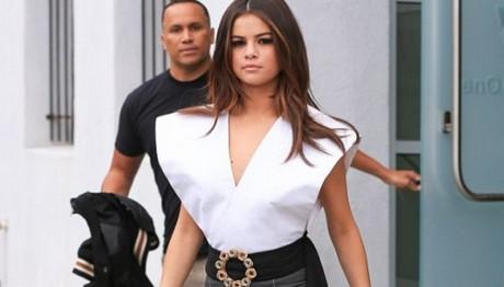 Σε ειδική κλινική αποτοξίνωσης η Selena Gomez