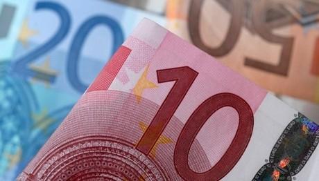 Εξτρά επίδομα 200 ευρώ για μακροχρόνια άνεργους
