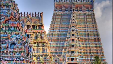 Πολύχρωμος ναός 700 ετών