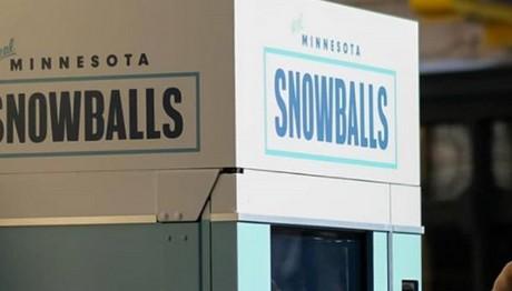 Χιονόμπαλες πουλάνε στη Μινεάπολη