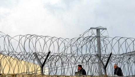 Δύο περιστατικά επιθέσεων από κρατούμενους σε φύλακες