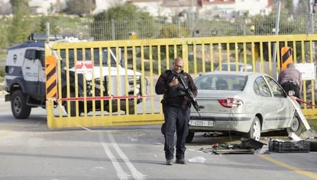 Αυτοκίνητο έπεσε πάνω σε πλήθος στο Ισραήλ