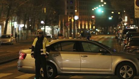 Επίθεση με μαχαίρι στη Βιέννη – Τρεις τραυματίες