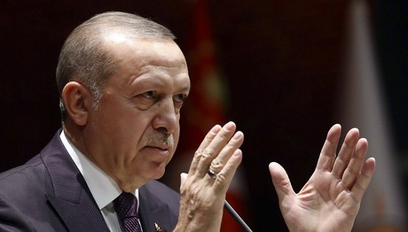 """Ερντογάν: """"Ανά πάσα στιγμή μπαίνουμε στο Αφρίν"""""""