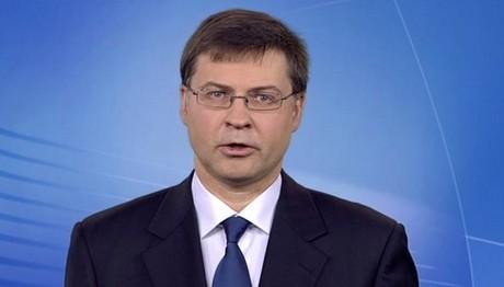 Ντομπρόβσκις: Δράσεις σε 4 άξονες για τα κόκκινα δάνεια