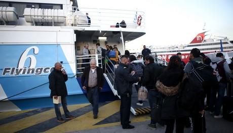 Επέστρεψε στο λιμάνι του Πειραιά το FLYINGCAT 6