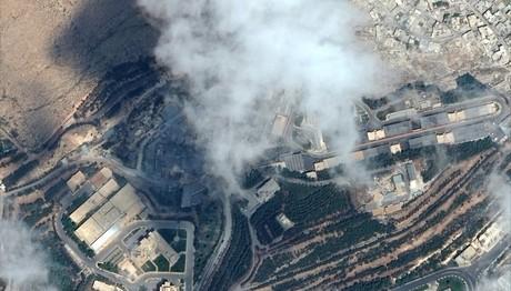 Πριν και μετά: Που χτύπησαν οι πύραυλοι στη Συρία