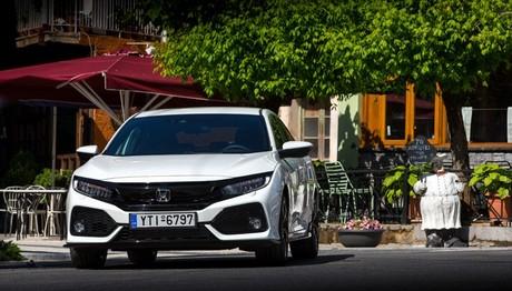 Στο τιμόνι του νέου Honda Civic 1,5 6MT
