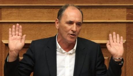 Σταθάκης: Η ΝΔ έχει σύνδρομο προσκόλλησης στον Σαμαρά
