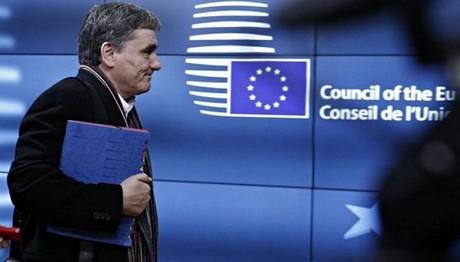 Χρέος και μεταμνημονιακή εποπτεία στο Eurogroup