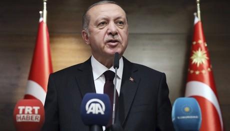 Τουρκία: Μαζικές εκκαθαρίσεις στρατιωτικών