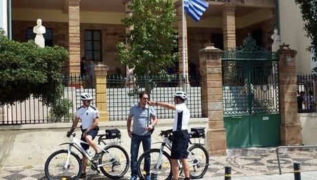 Αστυνομικοί-ποδηλάτες σε Χίο και Μυτιλήνη
