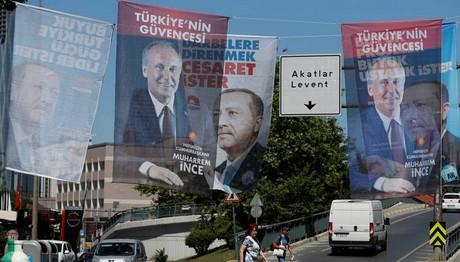 Εκλογές στην Τουρκία: Άνοιξαν οι κάλπες