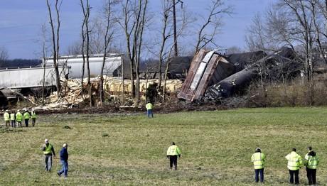 Σύγκρουση τρένου με φορτηγό - Ένας νεκρός