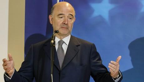 Μοσκοβισί: To Eurogroup να ελαφρύνει το ελληνικό χρέος