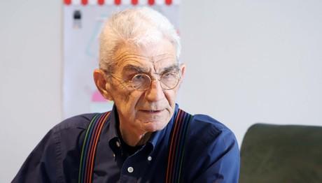 Ο Μπουτάρης υπέγραψε σύμφωνο συμβίωσης στα 78 έτη
