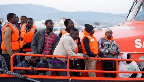 Ιταλία: Διασώθηκαν 113 μετανάστες στα ανοικτά