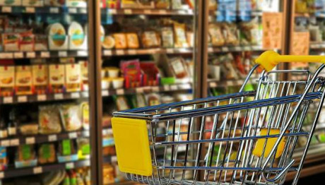 Η κρίση σάρωσε την αγορά των σούπερ μάρκετ στην Ελλάδα
