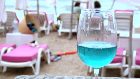 Τιρκουάζ κρασί