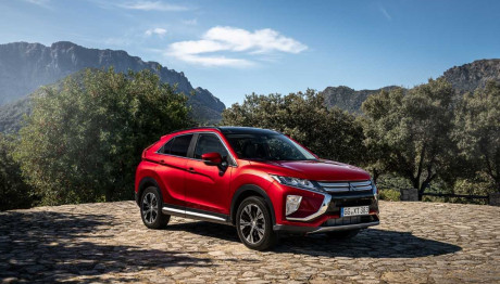 "Mitsubishi Eclipse Cross ""RJC Car of the Year 2019"""