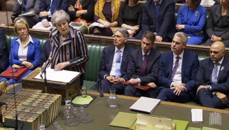 H Τερέζα Μέι μιλά στη Βουλή των Αντιπροσώπων